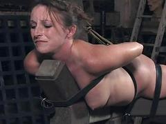 Maid gets her neck..