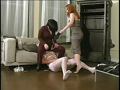 2 mature ladies catch a..