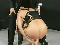 Adroit lets horny blond..