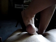Knead with shoes
