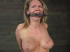 Caged babe forced near give..